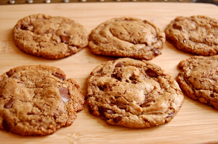 Em the Baker: Flourless Maple Almond Butter Chocolate Chunk Cookies
