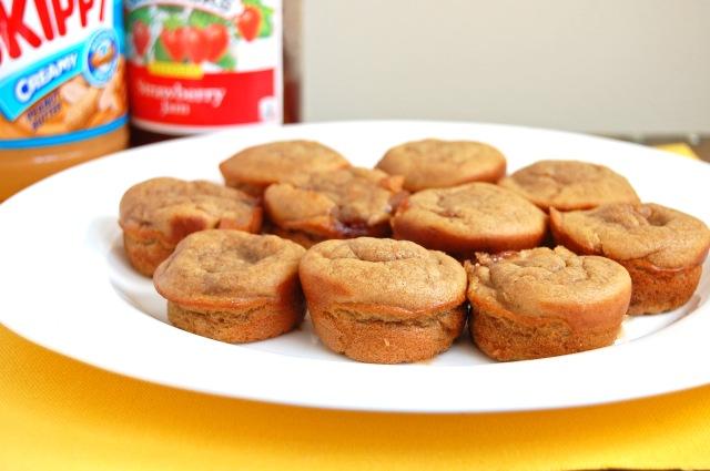 Flourless PB&J Blender Muffins | emthebaker.com