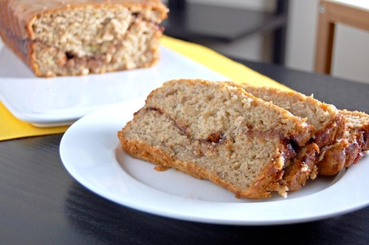 Gluten Free Apple Cinnamon Swirl Banana Bread | emthebaker.com