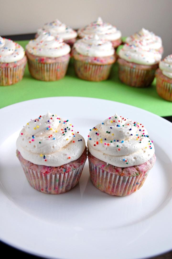 Gluten Free Funfetti Cupcakes | emthebaker.com